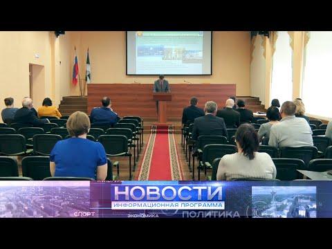 Представители государственных и муниципальных ведомств выступили перед депутатами Округа.
