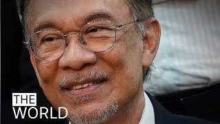 Malaysia's political crisis sparks new showdown between Mahathir and Anwar | The World