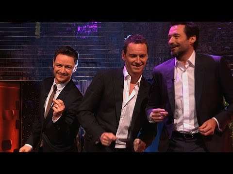 Baixar Hugh Jackman, Michael Fassbender & James McAvoy dance to Blurred Lines - The Graham Norton Show