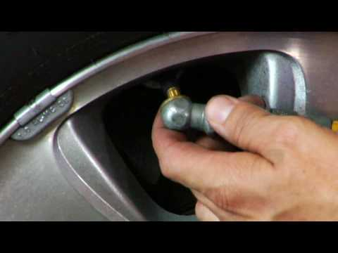 automotive troubleshooting how to put air in a tire youtube. Black Bedroom Furniture Sets. Home Design Ideas