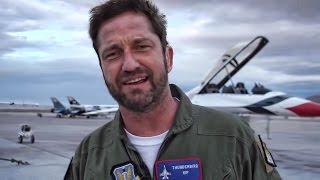 Gerard Butler Flies With The U.S. Air Force Thunderbirds