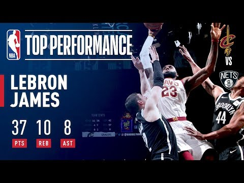 LeBron James Puts On A Show With A Thunderous Jam In Barclays!