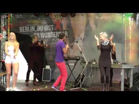 14.06.14 Queere Medienbühne - 008 - Leslie Alan