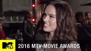 Daisy Ridley on Fan Theories | 2016 MTV Movie Awards