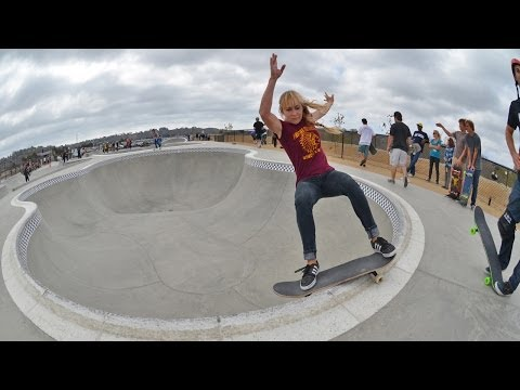 Blog Cam #70 - Oceanside Bowl Session with Mimi Knoop, Cara-Beth Burnside & Friends