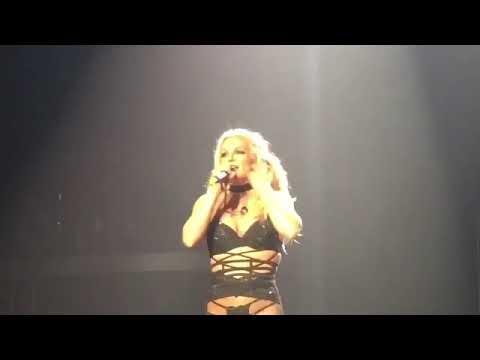 Britney Spears Singing Live