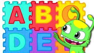 """Color song """"The ABC"""" - Groovy The Martian teaches your kids the alphabet with a funny song"""