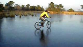 En bici sobre hielo