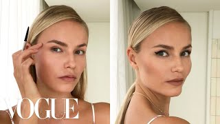 Supermodel Natasha Poly's 3-Step Perfect Cat-Eye | Beauty Secrets | Vogue