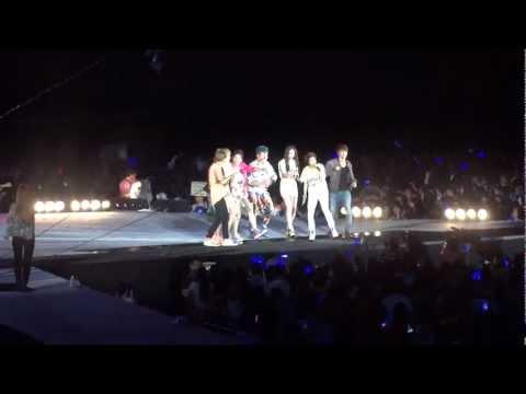 [fancam] 120818 SMTown in Seoul  - Super Junior f(x) - Oops