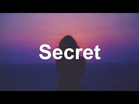 DYLYN - Secret (Lyrics / Lyric Video)