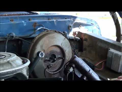 How To Replace A Brake Master Cylinder Part 1 Of 2 On The