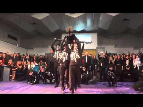 LEVANTA E VAI - Coreografia e Coral - Congresso de 42 anos da UMADPAR - 2012 - Domingo