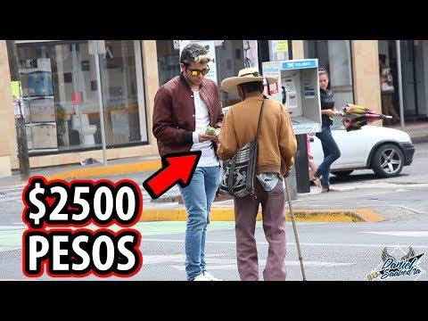 LE DÍ $2500 A UN ''VAGABUNDO'' E HIZO ESTO