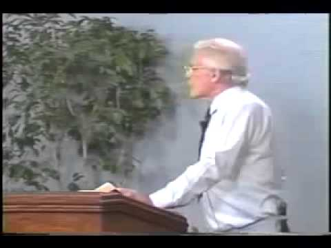 Full Sermon Moses and Exodus 33 ▶ Leonard Ravenhill