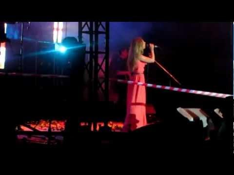 Юлия Савичева - Половинка  (Резекне) Live