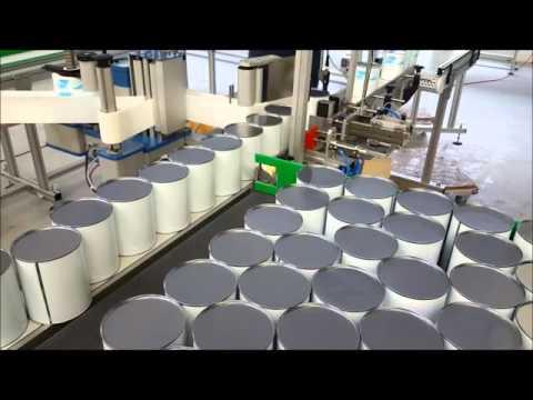BCK Holland bandtransporteur, gecontroleerde aanvoer van verfblikken