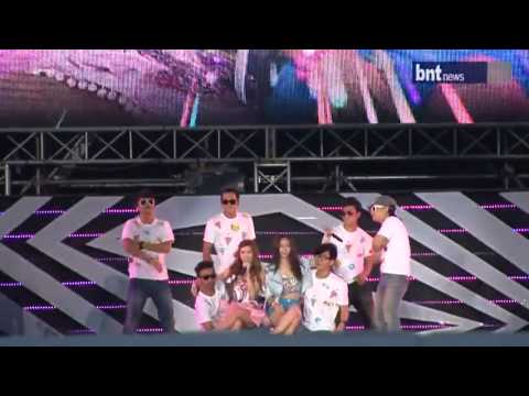 120818 Jessica & Krystal - California Gurls @ SMTOWN LIVE III in Seoul [bnt영상]