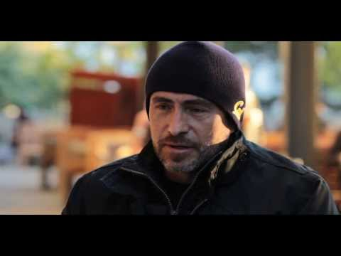 Interview with actor Demián Bichir, December 2013 - YouTube
