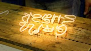 How are neon signs made? The process of making neon signs.