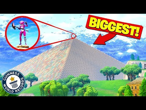 Building The WORLDS BIGGEST PYRAMID In Fortnite Battle Royale!