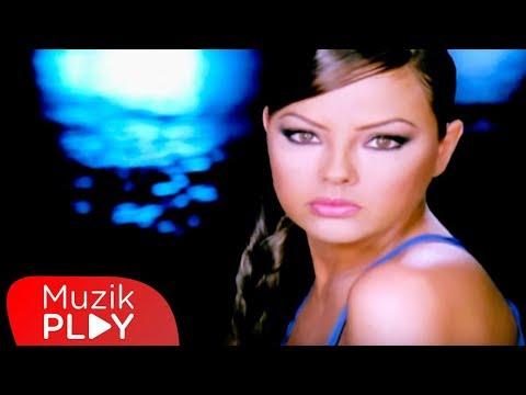 Ebru Gündeş - Seni Seviyorum (Official Video