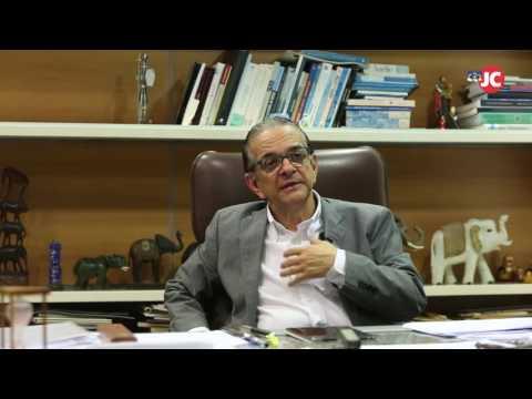 Entrevista com Antônio Lavareda