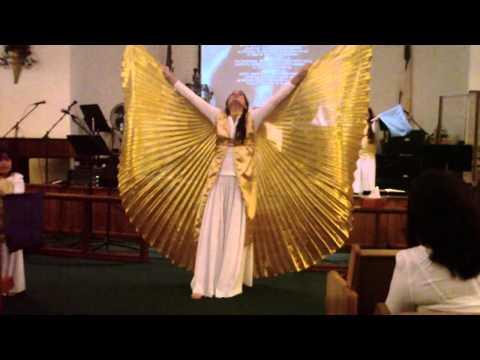 Digno y Santo Danza por Celia Colón