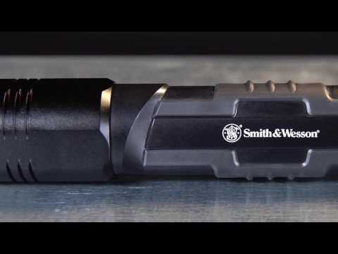 Smith & Wesson Galaxy Pro Flashlight