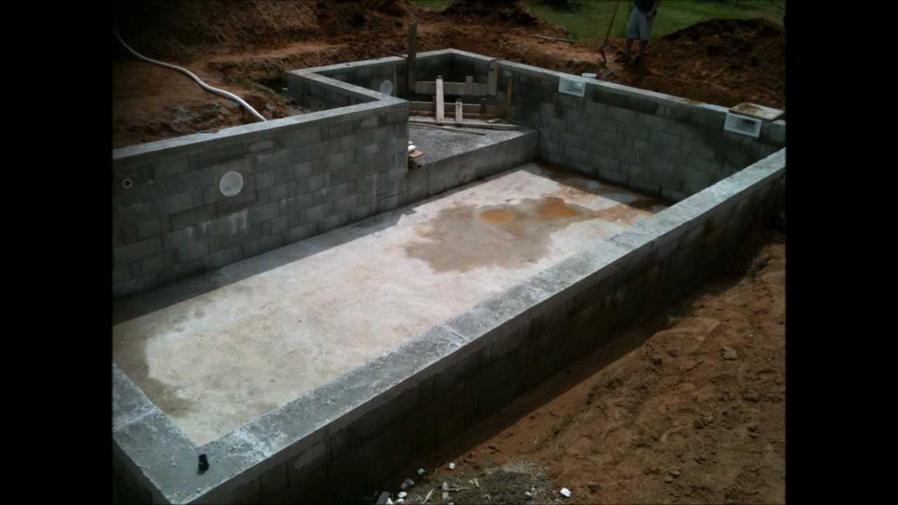 piscine traditionnelles en b ton arm avec petit bassin et nage contre courant youtube. Black Bedroom Furniture Sets. Home Design Ideas