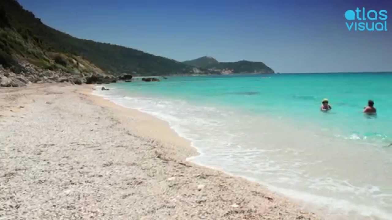Lefkada Pefkoulia beach