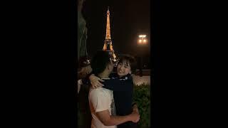 Trấn Thành, Hariwon, Đạo diễn Nhất Trung, Anh Đức, Diệu Nhi hôn nhau tại Pháp dưới tháp Eiffels