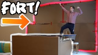 GIANT BOX FORT LOUNGE!