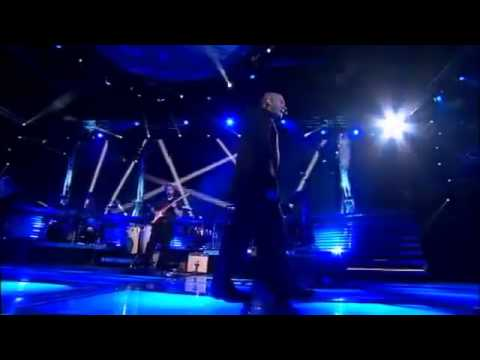 Phil Collins - In the air tonight - Live 2013 - YouTube