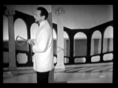 Repeat youtube video Alfred Drake at his magnificent best!  Live from London 1950s Songs from Kismet and Oklahoma