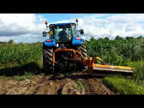 Newholland t5 con trincia laterale berti for Vigolo macchine agricole