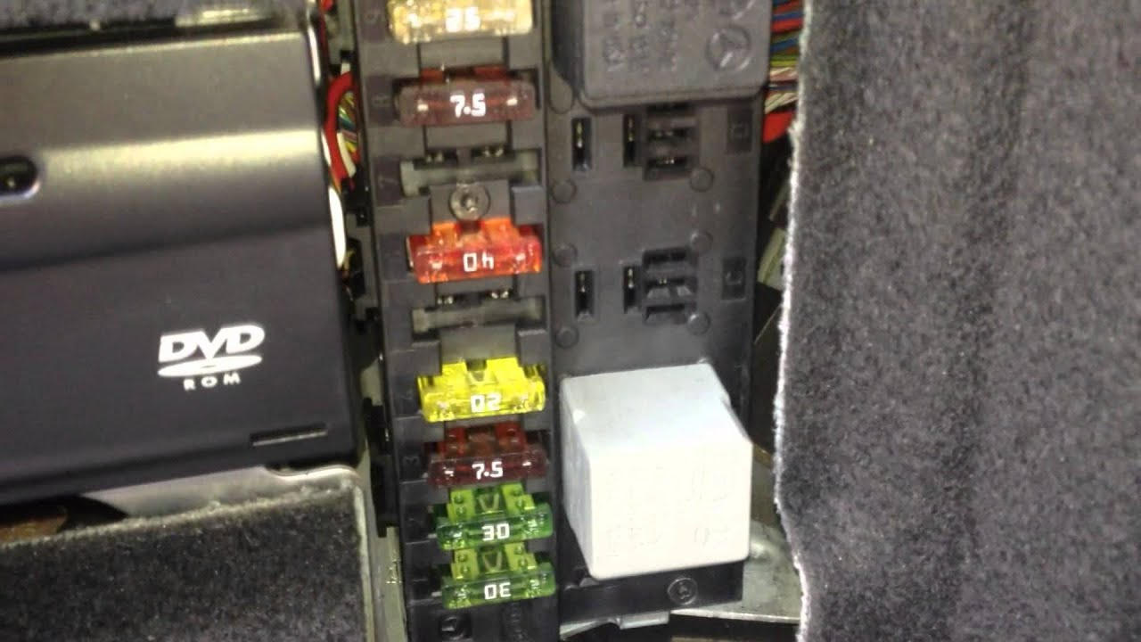 Mercedes Sprinter Fuse Box