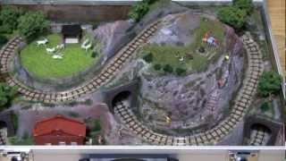 H0e Model railroad in a suitcase