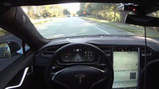 Tesla Model S v7.0 Autosteer - First Drive
