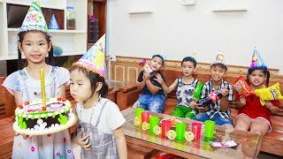 Kids Go To School | Chuns and Best Friends Make A Birthday Cake Day Of Your Classmates