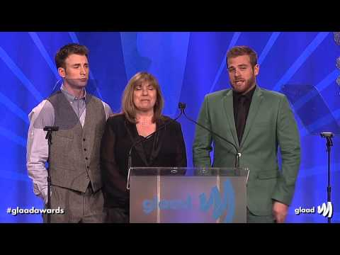 Chris Evans, Scott Evans, and Mom at the #glaadawards