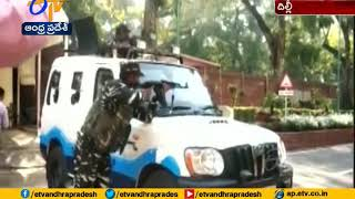 Security scare at Parliament after MP's car accidentally t..