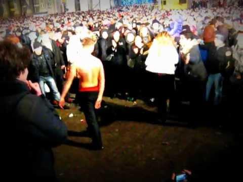 ВВ. Новый Год 2012. Майдан. Киев. Танци. Пьяный дебош