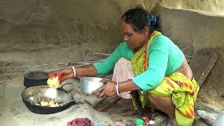 Tribal Mother Cooking Chicken for Their Family #তাঁর নিজের স্টাইলে  মাংস রান্না