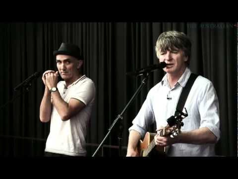 Neil Finn and Paul Kelly exclusive performance