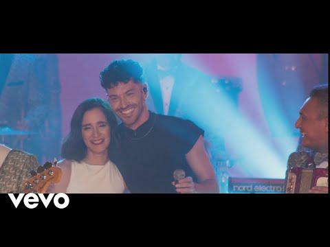Los Ángeles Azules - Acaríñame feat. Julieta Venegas, Juan Ingaramo, Jay de la Cueva