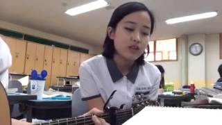 Cute Korean Student Sings Beautiful Song - YouTube
