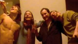 (VIDEO iUp4mXBUrVo) Festo 2009 anonco (parodio de malnova varbado)