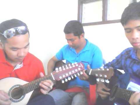 Philippine Tinikling instrumental using bandurria, and 2 guitars
