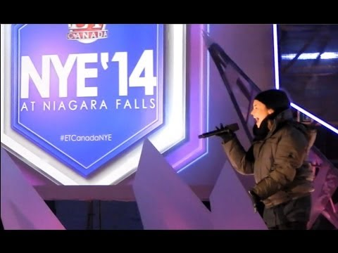 Baixar Demi Lovato - Heart Attack.  New Year's Eve 2014 sound check